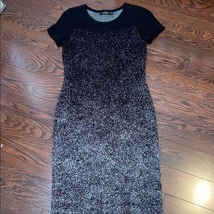 Dresses & Skirts - Stork & Babe Maternity light sweater dress